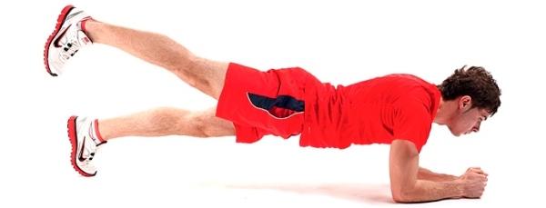 """Упражнение """"Планка"""" с поднятием ноги"""