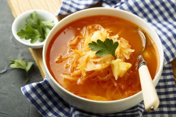 Овощной суп с квашеной капустой