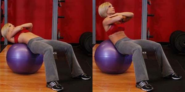 Сворачивания на фитнес-шаре