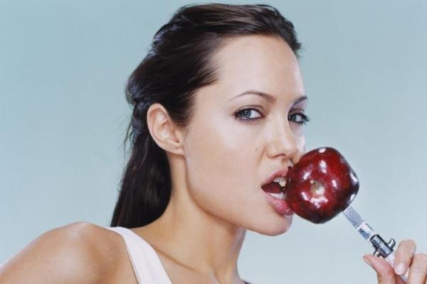 Продукты для диеты от Анджелины Джоли