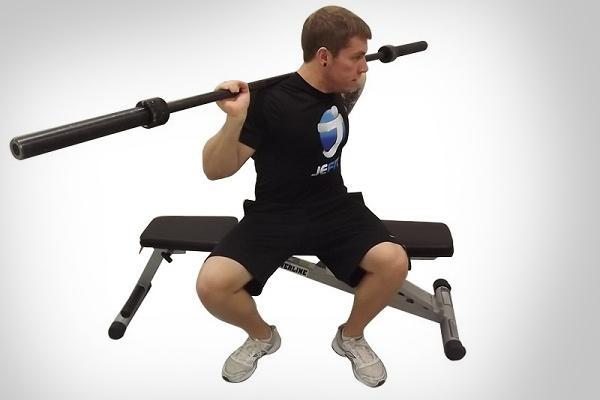 Упражнения со штангой для укрепления мышц талии