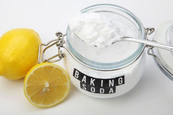 Шипучий напиток из соды и лимона